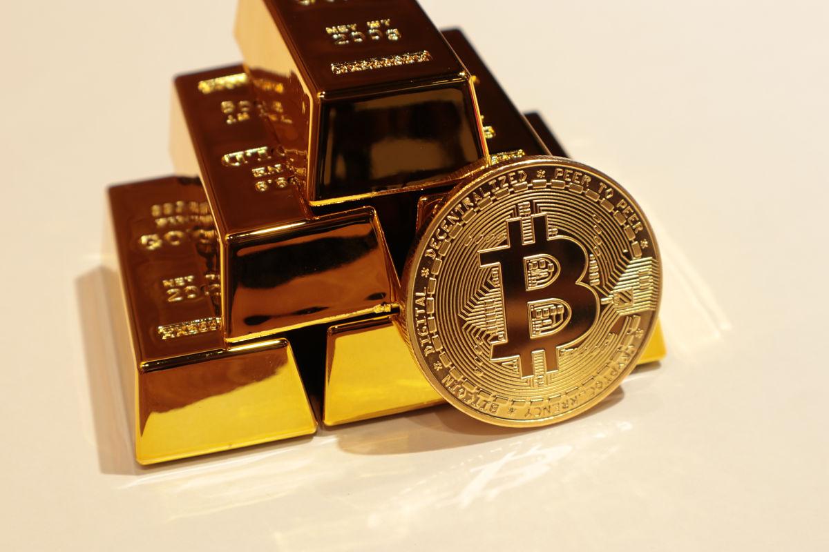 bitcoin versus bitcoin gold