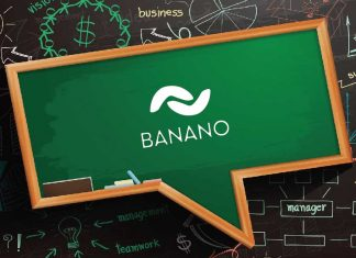 banano logo on chalkboard