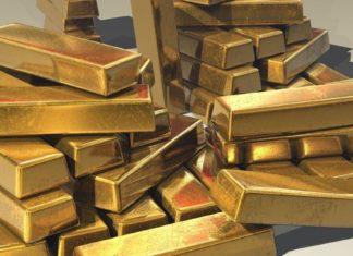Has COVID-19 Vaccine News Decoupled BTC From Gold?