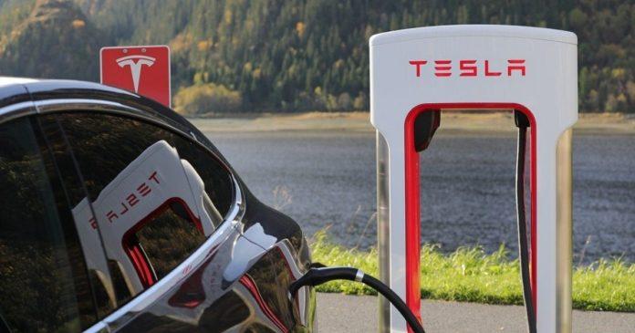 Tesla köper 1,5 miljarder dollar i Bitcoin, BTC träffar ny ATH
